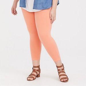Torrid Peach Cropped Leggings Plus Size 4 NWT